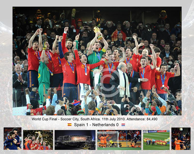 Ref_KJ_019_World_Cup_FinalSpain_Champs_23251.jpg